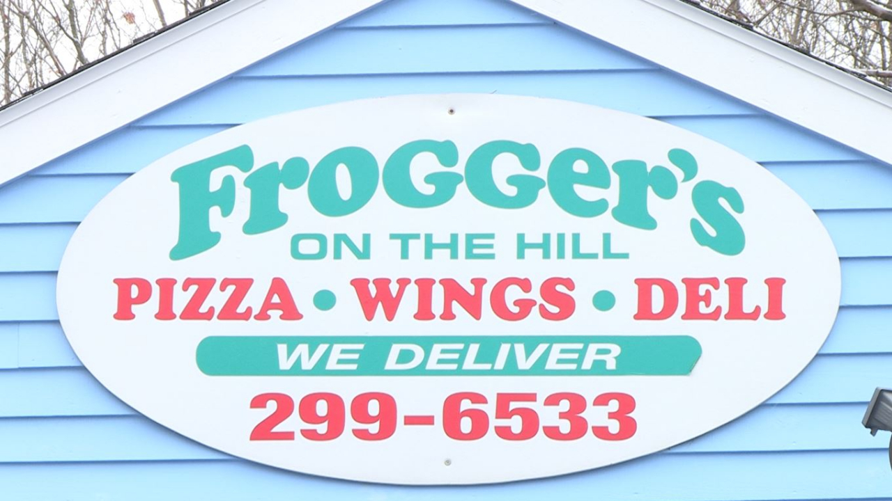 Froggers on the Hill sign.