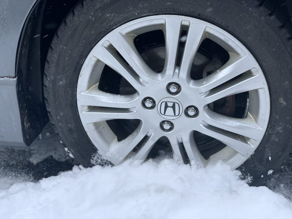 Snow tires help decreases the likelihood of getting into a snow related car accident
