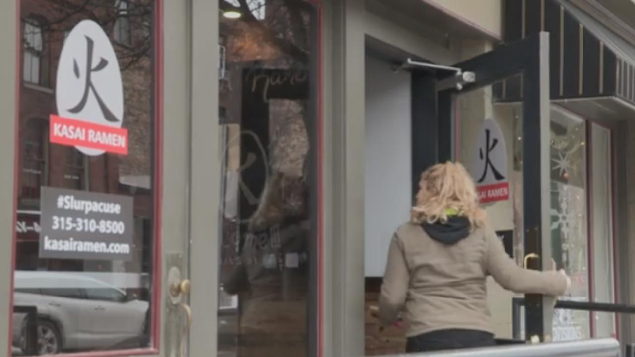 Costumer walks into Kasai Ramen for downtown dining weeks.