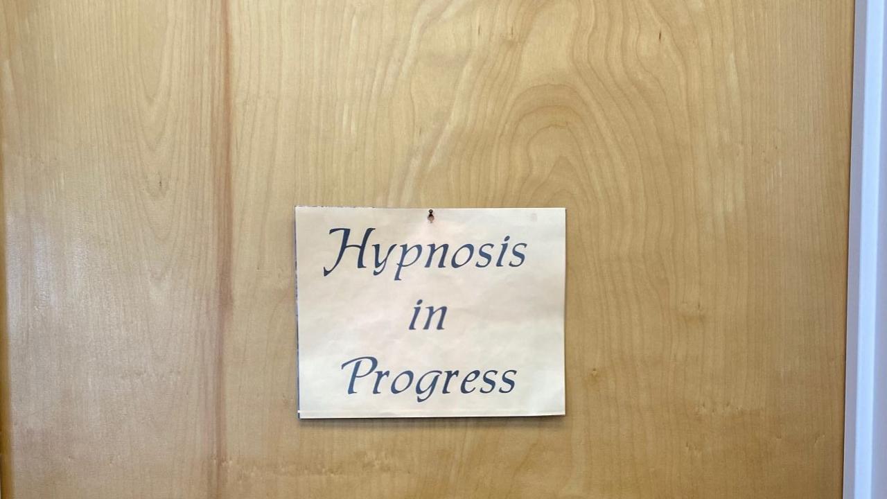 Hypnotherapy sessions can help many individuals.