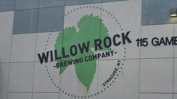 Willow Rock Brewing Company sign/logo on their building.